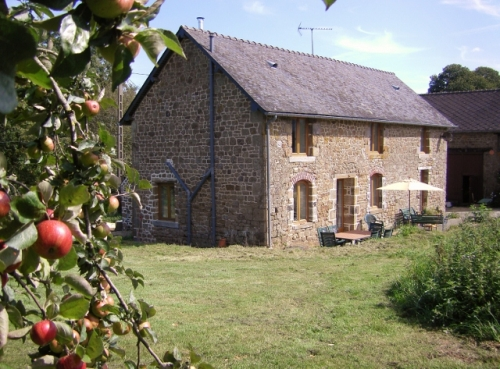 Photo of La Cloue  Chambres d'hotes & Camping � la Ferme